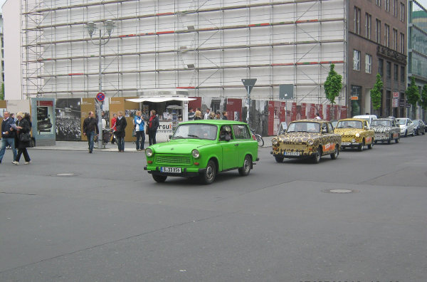 Trabant à Checkpoint Charlie, Berlin